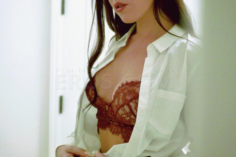 Alessa Castia