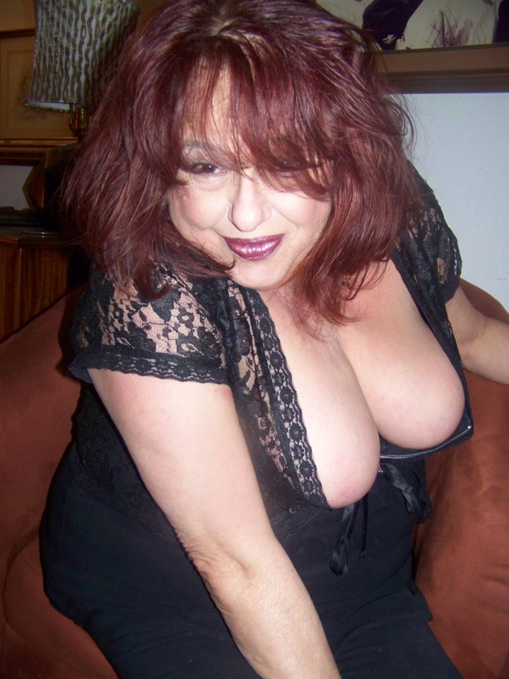 Mature Massage Rendezvous 42 DD Natural Breasts 57